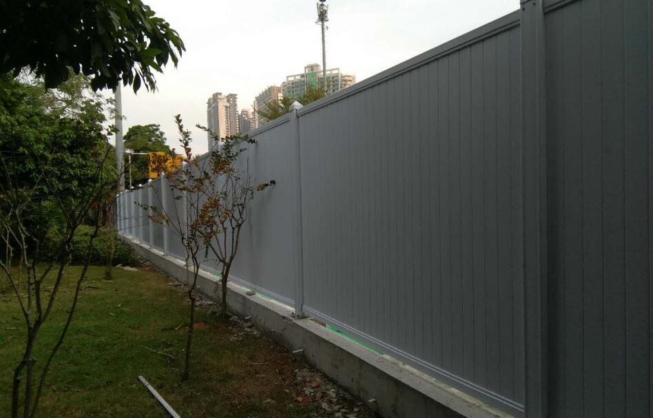 深圳PVC围挡的固定方法简单分享